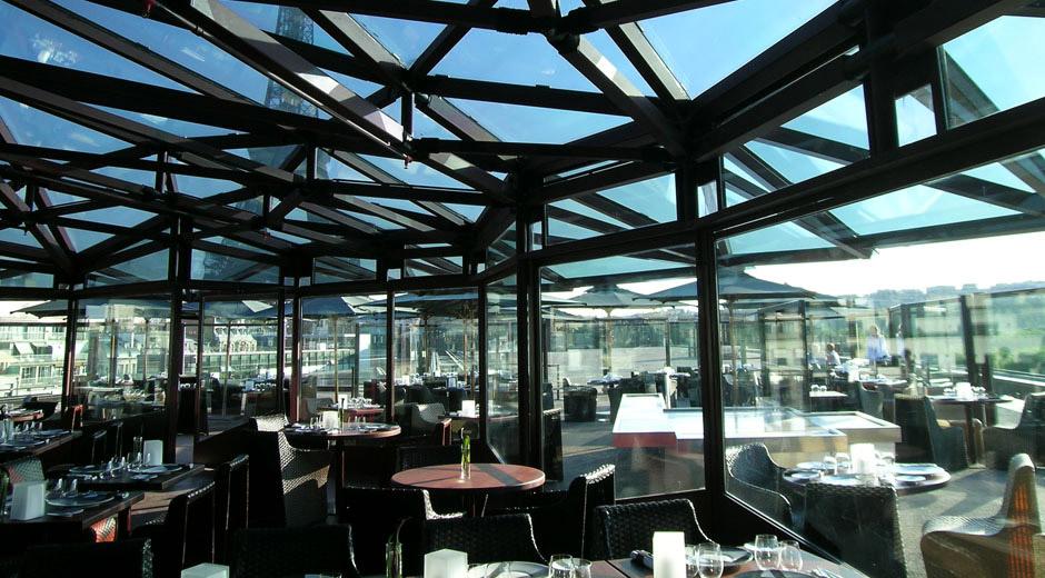 Restaurant les ombres fr ateliers michael herrman for Restaurant le miroir paris